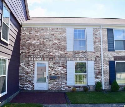 Fairborn Condo/Townhouse For Sale: 1104 Charleston Court