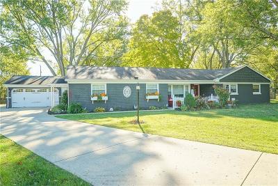 Bellbrook Single Family Home Active/Pending: 1662 Cedar Court