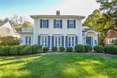 Oakwood Single Family Home For Sale: 512 Acorn Drive