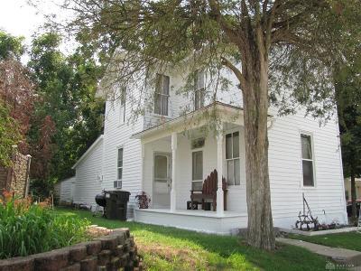 Single Family Home For Sale: 227 Poplar Street
