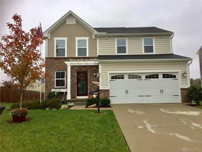 Fairborn Single Family Home For Sale: 1268 Artesian Lane