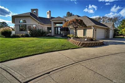 Springboro Single Family Home For Sale: 30 Glenluce Court