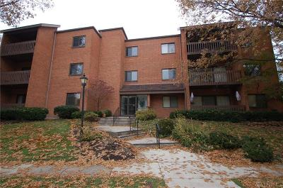 Kettering Condo/Townhouse For Sale: 3285 Southdale #3