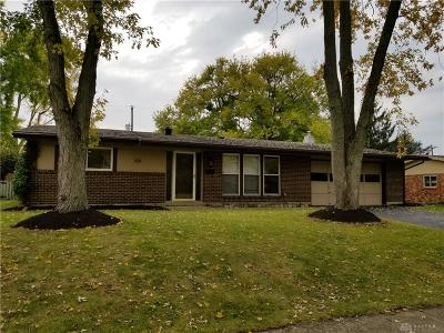 Englewood Single Family Home For Sale: 1011 Derringer Drive