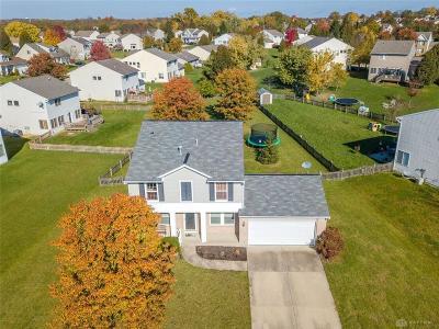 Springboro Single Family Home Active/Pending: 25 Long Meadow Drive