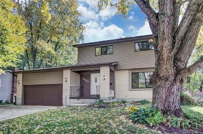 Kettering Single Family Home For Sale: 2640 Hemphill Road