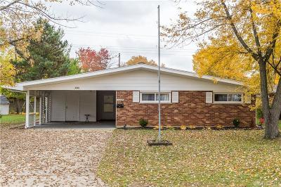 Kettering Single Family Home For Sale: 3848 Ackerman Boulevard