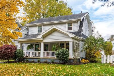 Oakwood Single Family Home For Sale: 33 Spirea Drive