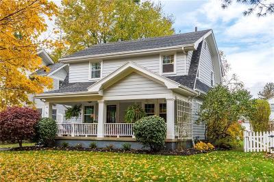 Oakwood Single Family Home For Sale: 33 Spirea Drive