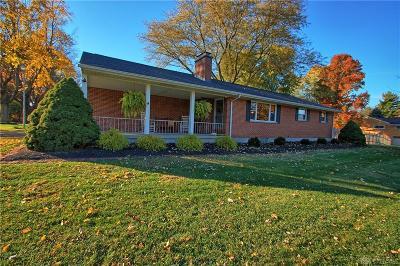 Beavercreek Single Family Home For Sale: 4276 Sunbeam Avenue