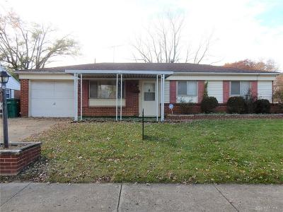Fairborn Single Family Home For Sale: 231 Routzong Drive