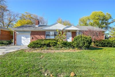 Kettering Single Family Home For Sale: 3807 Benfield Drive