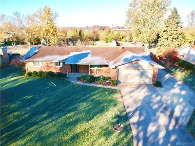 Beavercreek Single Family Home Active/Pending: 2285 El Cid Drive