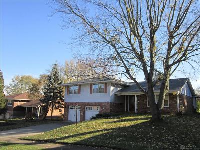 Fairborn Single Family Home For Sale: 342 Cherrywood Drive