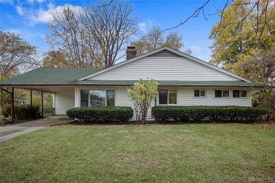 Kettering Single Family Home For Sale: 3853 Ackerman Boulevard
