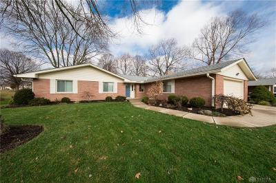 Kettering Single Family Home For Sale: 2259 Berrycreek Drive