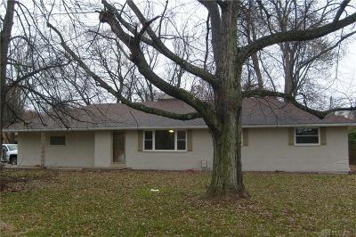 Beavercreek Single Family Home Active/Pending: 1112 Fudge Drive