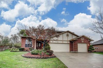 Vandalia Single Family Home For Sale: 390 Woodland Meadows Drive