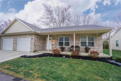 Springboro Single Family Home For Sale: 87 Locust Drive
