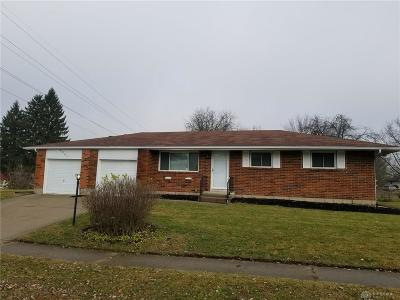 Dayton Single Family Home For Sale: 4941 Coulson Drive