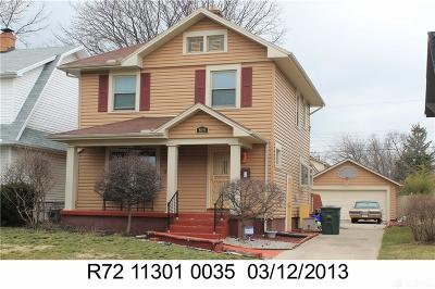 Dayton Single Family Home For Sale: 819 Sunnyview Avenue