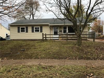 Dayton Single Family Home For Sale: 2496 Aragon Avenue