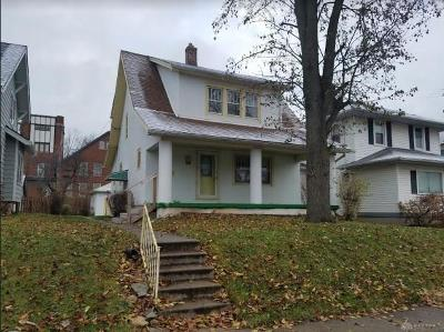 Oakwood Single Family Home For Sale: 205 Monteray Avenue