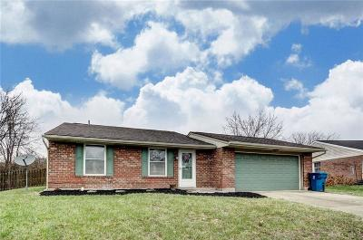 Huber Heights Single Family Home Active/Pending: 4821 Creeknoll Court