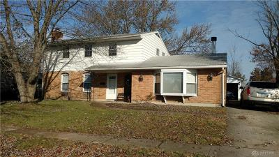 Dayton Single Family Home For Sale: 6852 Laurelview Drive