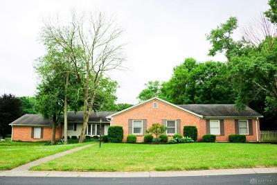 Dayton Single Family Home For Sale: 346 Shadywood Drive