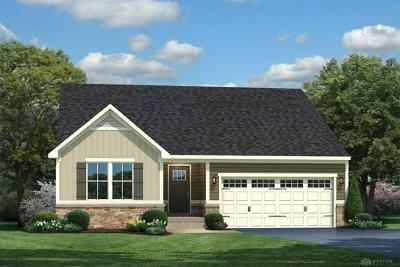 Fairborn Single Family Home For Sale: 1224 Crystal Harbour Place