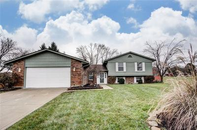 Dayton Single Family Home For Sale: 2712 Hutchins Court