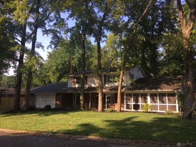 Kettering Single Family Home For Sale: 4725 Elzo Lane