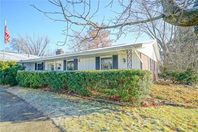 Fairborn Single Family Home For Sale: 622 Hillcrest Drive