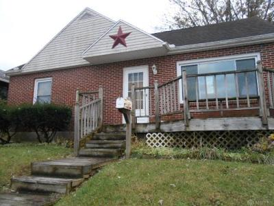 Single Family Home For Sale: 1865 Broadway Street