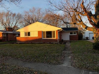 Kettering Single Family Home For Sale: 1625 Kantner Drive