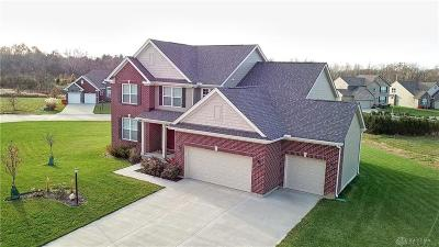 Springboro Single Family Home For Sale: 83 Louise Drive