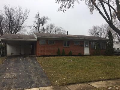 Dayton Single Family Home For Sale: 4113 Fleetwood Drive