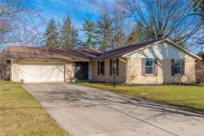 Dayton Single Family Home For Sale: 871 Whipp Road