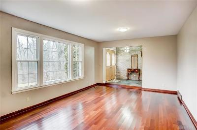 Dayton Single Family Home For Sale: 5500 Viewpoint Drive
