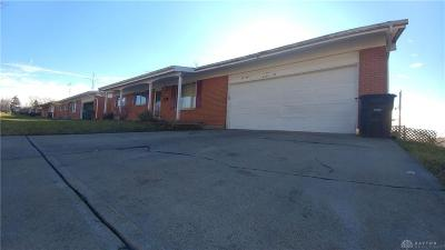 Dayton Single Family Home For Sale: 4238 Crest Drive
