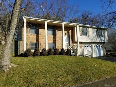Dayton Single Family Home Pending/Show for Backup: 4071 Berrywood Drive