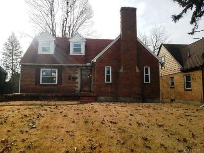 Dayton Single Family Home For Auction: 1640 Cornell Drive