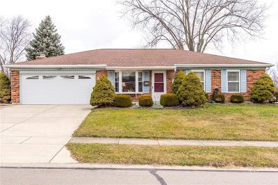 Fairborn Single Family Home For Sale: 309 Chatham Drive