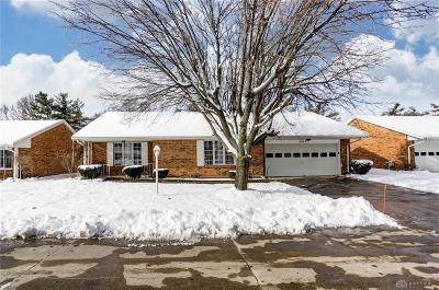 Dayton Single Family Home For Sale: 6919 Willow Tree Lane