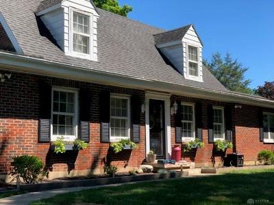 Dayton Single Family Home For Sale: 8010 Allison Avenue