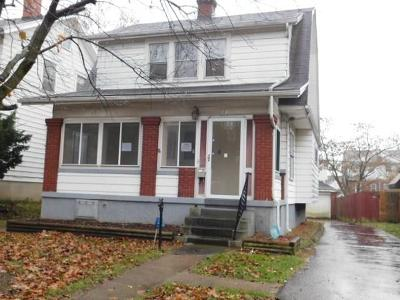 Dayton Single Family Home For Sale: 80 Maplewood Avenue