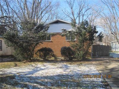 Yellow Springs Vlg OH Single Family Home For Sale: $139,900