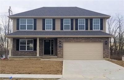 Miamisburg Single Family Home For Sale: 1270 Sierra Ridge