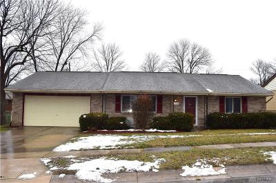 Miamisburg Single Family Home For Sale: 1725 Bayberry Drive